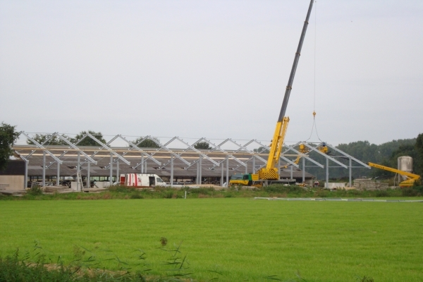Aanbouw koeienstal in Zeewolde