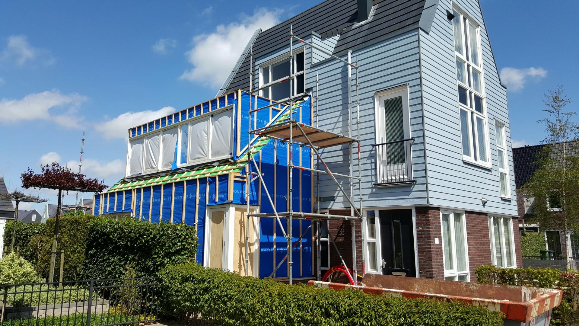 Aanbouw woonhuis te Zwaag