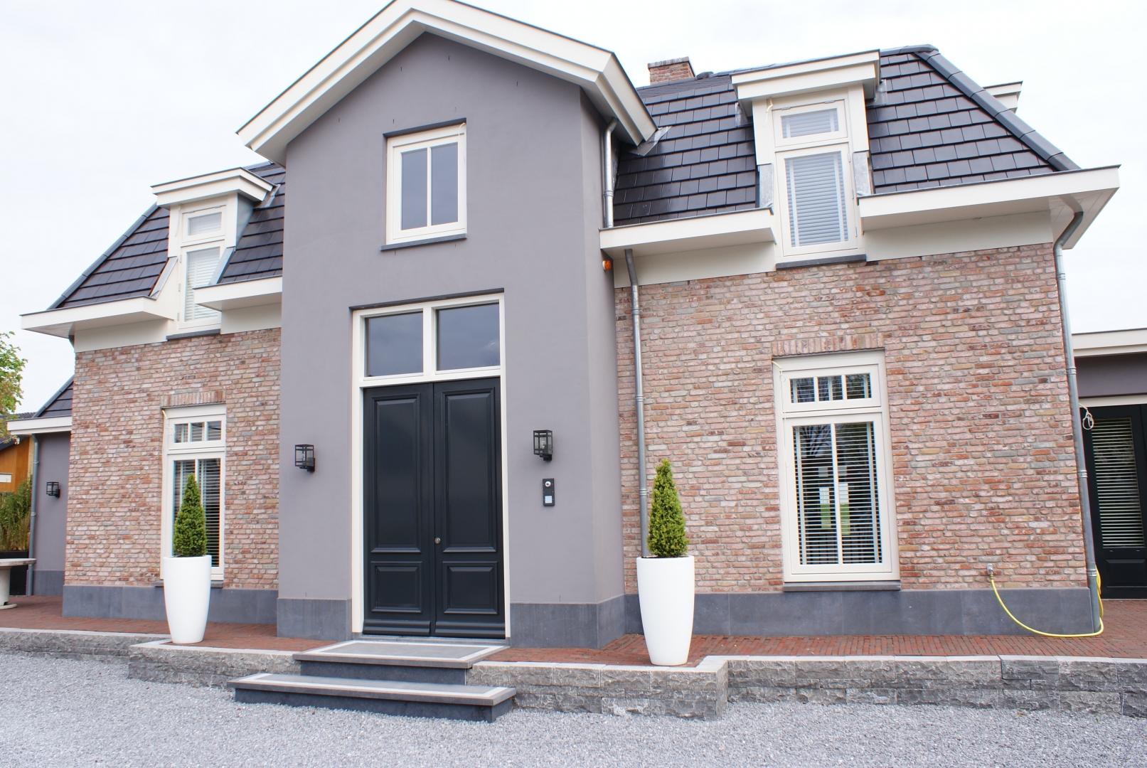 Nieuwbouw moderne statige villa met garage in Bunschoten-Spakenburg