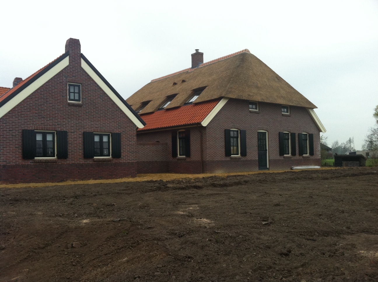 Nieuwbouw sfeervolle, nostalgische woonboerderij met bakhuis in Putten