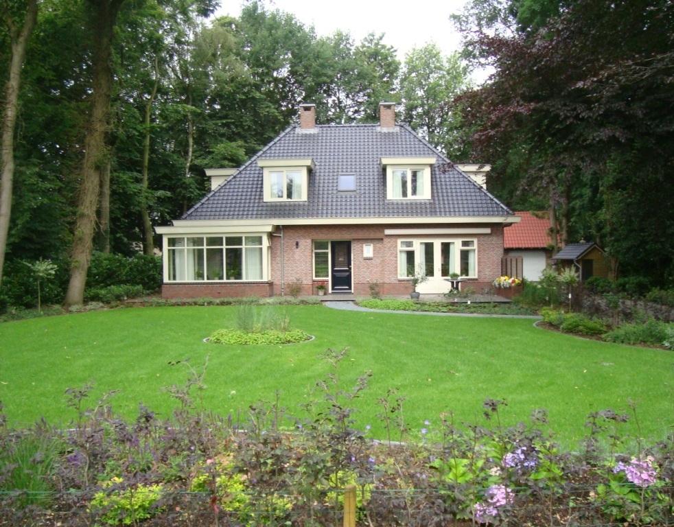 Nieuwbouw vrijstaand woonhuis aan de Oude Nijkerkerweg in Ermelo
