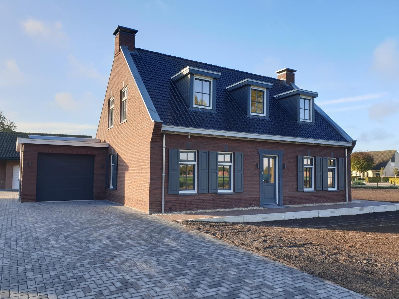 Nieuwbouw vrijstaand woonhuis met garage te Ermelo.