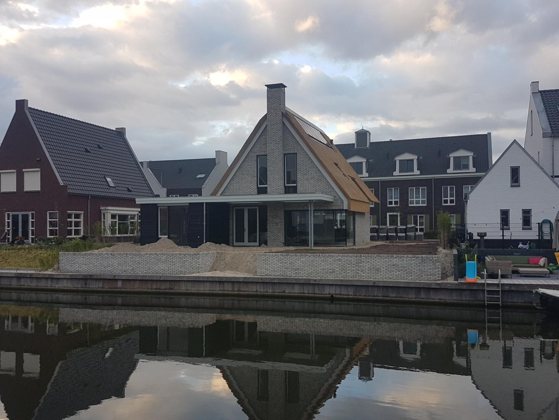 Nieuwbouw vrijstaande woning op het Zuidereiland-Waterfront te Harderwijk.