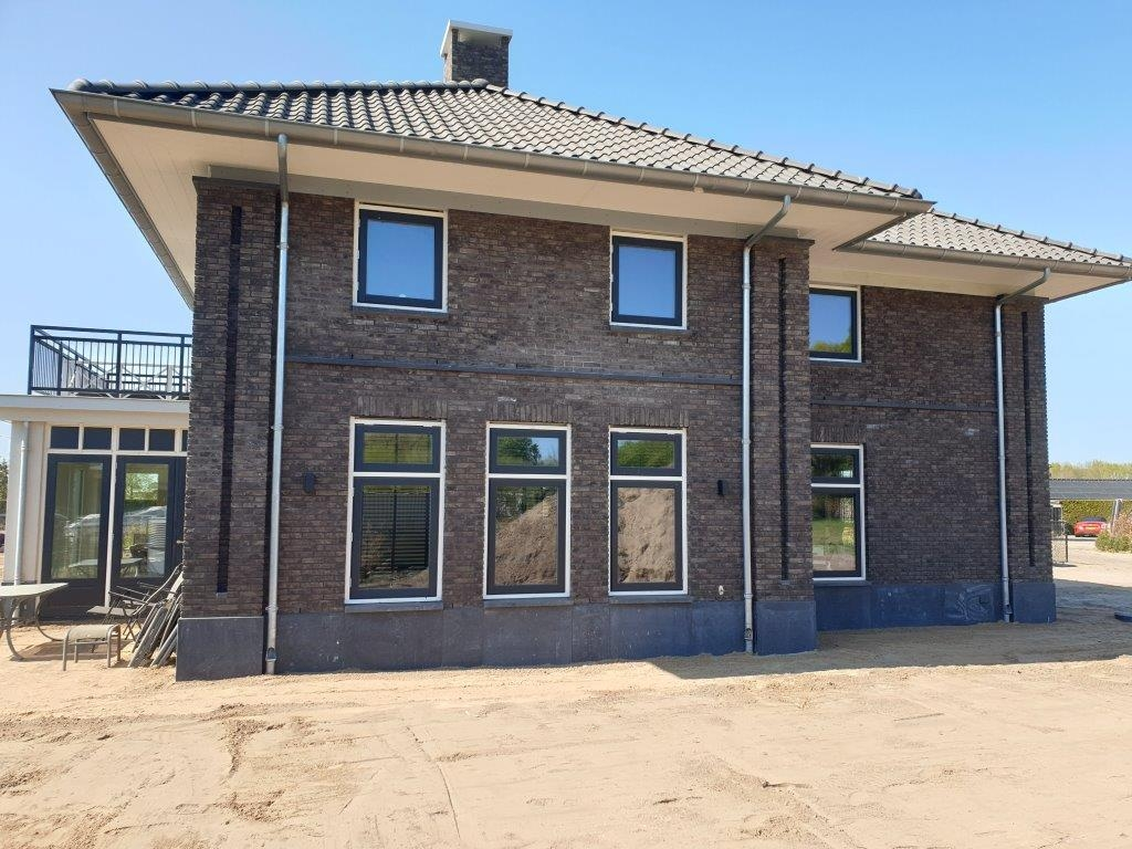 Nieuwbouw woonhuis aan de Parelhoenhof te Ermelo.